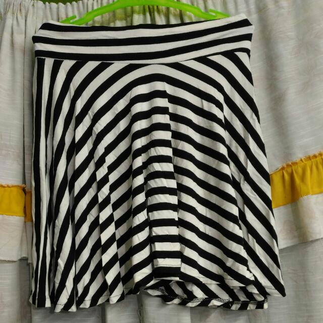 *REPRICED* Stripes Skaters Skirt