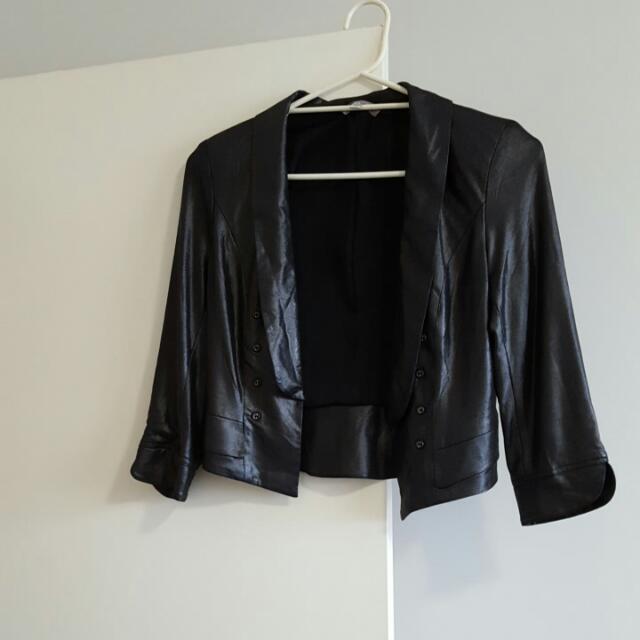 Temt Black Jacket