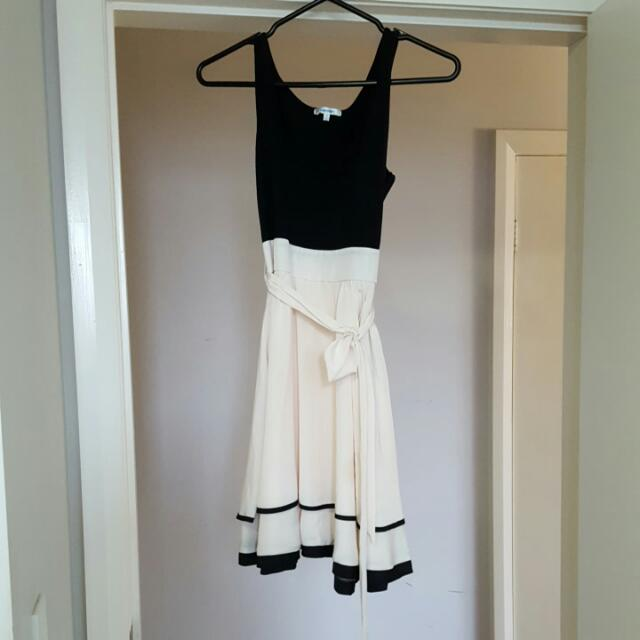 Valley Girl Beige Amd Black Dress