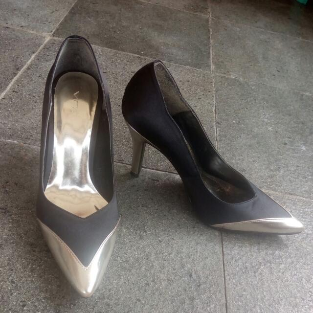 Vnc Golden Black Size 4