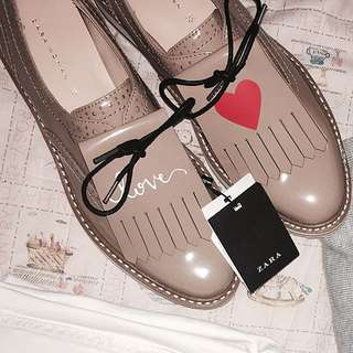 Zara女 氣質流蘇粉紅皮鞋 (35號)皮鞋本身修長腳板窄版人適合唷23cm