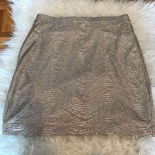 H&M High Waisted Gold Metallic Skirt - Small