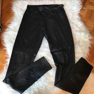H&M Black Shiny Leggings - Size Small