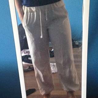 size 12 white baggy going out pants