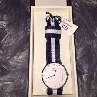 RRP$249 New Daniel Wellington Watch