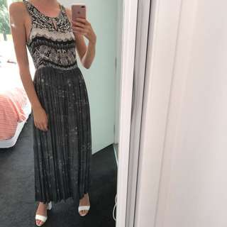 'Something Else' Grey And White Maxi Dress