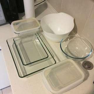 Mixing Bowls And Lasagna/baking Dish