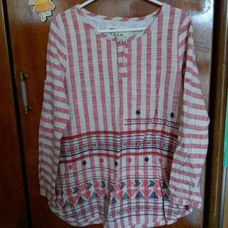 紅白條紋棉麻上衣