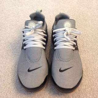 Nike Presto $100