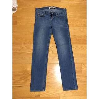 *REDUCED* Hollister Light Washed Skinny Jeans