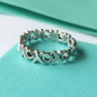 AUTHENTIC Tiffany & Co XO Hugs And Kisses Ring Band Silver