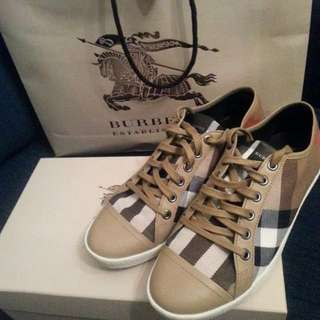 Burberry Woman's Sneakers Size 37
