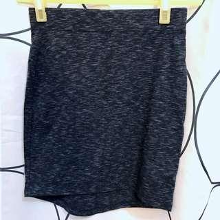 H&M 包裙 灰黑色 泰國購入全新 吊牌在