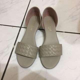 🌟只穿一次🌟台灣製造的涼鞋👡(24.5號)