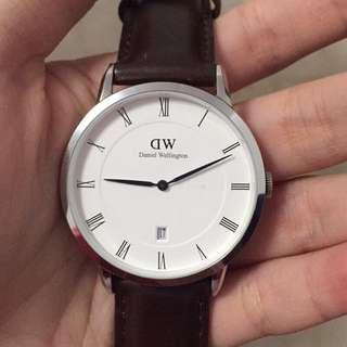 DW 時尚皮革腕錶