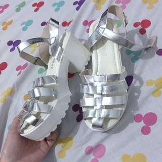 sepatu colour box