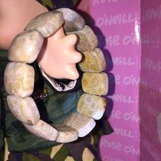 珊瑚玉手排