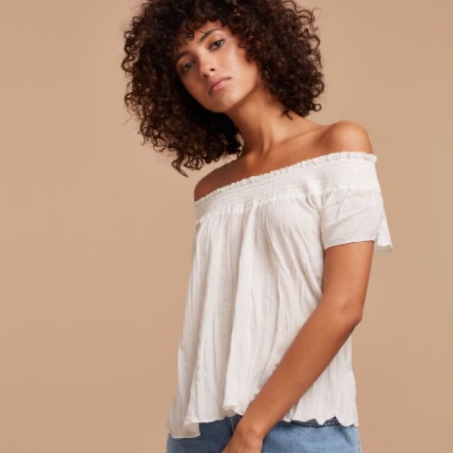Aritzia Talula Off-the-Shoulder Cabrini Blouse