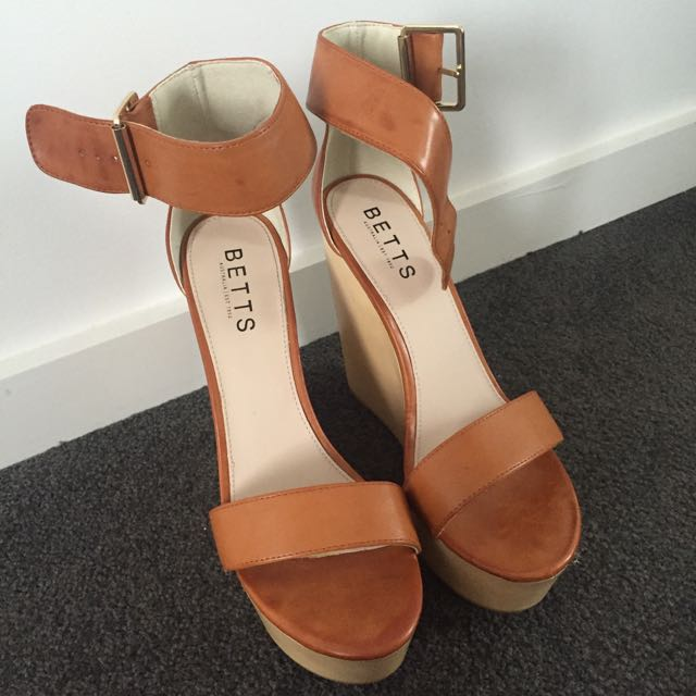 Betts Wedges