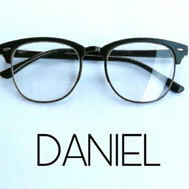 Daniel Eyeglasses