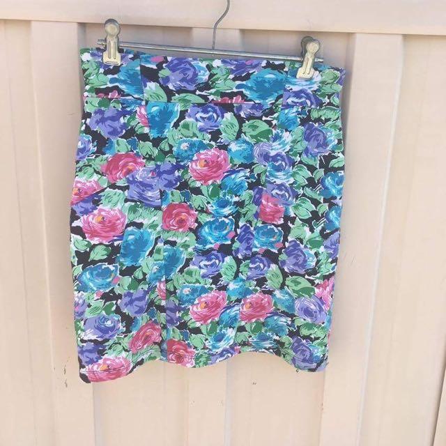Fitting Skirt