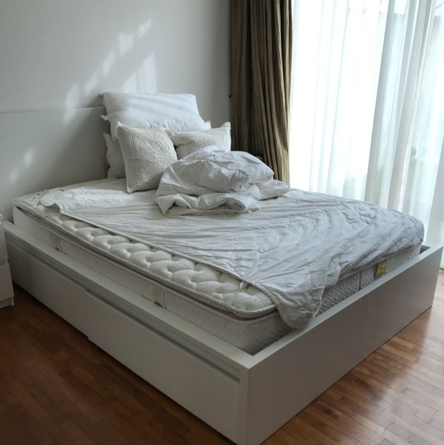 Ikea Malm Queen Size White Wooden Frame, Queen Size White Bed Frame With Storage