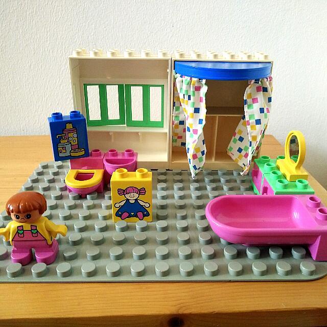 LEGO DUPLO Bathroom Set 2789 Collectible Item Released In 1994