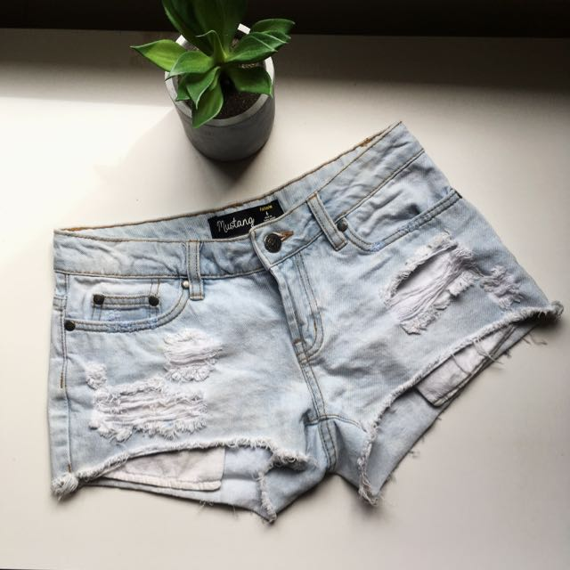 Light Wash Factorie Shorts