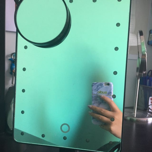 Makeup Mirror with Lighting