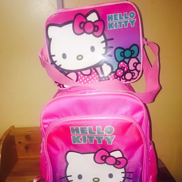 🎀Preloved For Sale🎀  Pink Hello Kitty Trolley Bag  With Lunch Bag