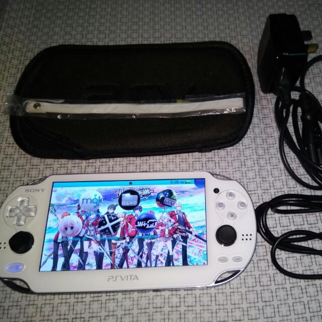 PS Vita 1000 WiFi 3.60 Modded