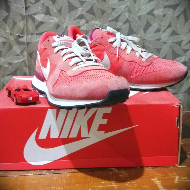 Sepatu Nike Internationalist. Murah.