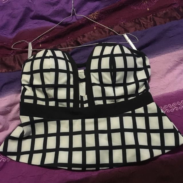Size 12 Strapless Top