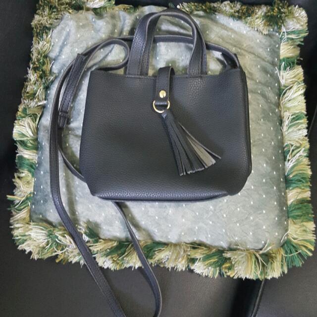 Sling / Hand Bag 02