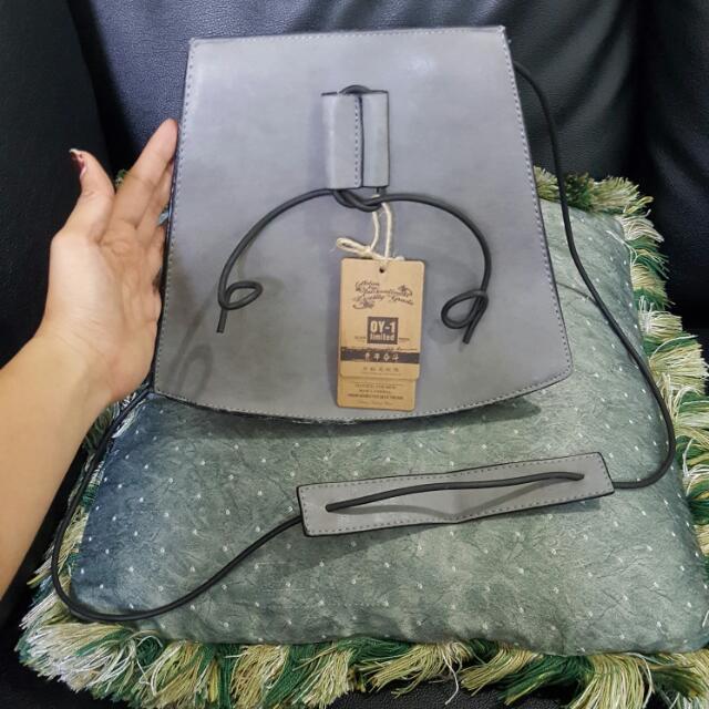 Sling Bag 07