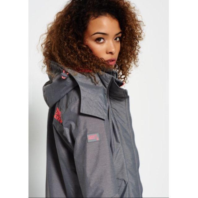 極度乾燥SuperDry 淺灰/驚豔粉紅款 女S 英國直購 連帽防風衣夾克