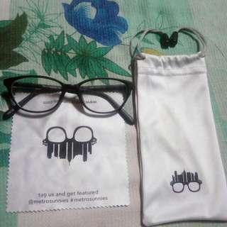 Metro Sunnies Eyeglass Replaceable Lens