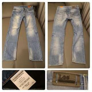🚚 Lee 3D立體剪裁牛仔褲  [尺寸] 30腰 [新舊] 近全新 [售價] $1900(便宜出清不二價)原價4千多 [運費] $60店到店