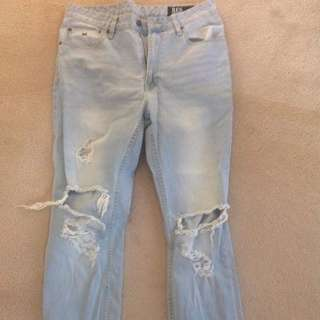 RES demon Boyfriend Jeans