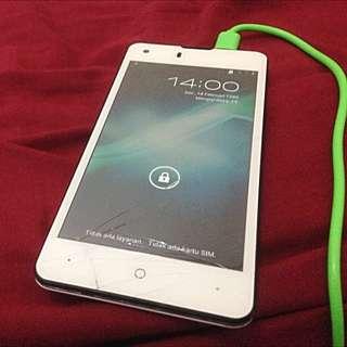 Smartfren Innos U3 4G