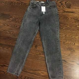 Black/Gray Fade Mom Jeans Size 4