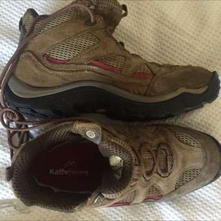 Kathmandu Hiking Shoes Size 9