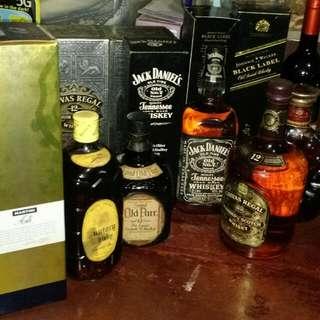 Black Label, Jack Daniels, Dimple, Chivas