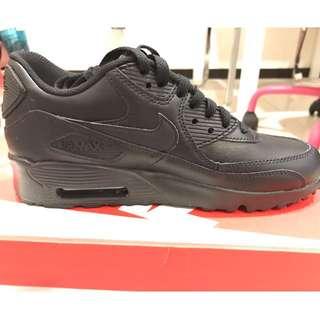 全新NIKE AIR MAX 90 LTR GS 復古鞋 黑 女鞋