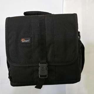 Camera Bag - Lowepro Adventura 170