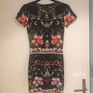 Stretch Topshop Dress - Size 6-8-10