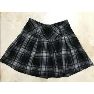 🚚 知性短裙
