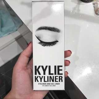 Kylie Cosmetics Black Kyliner