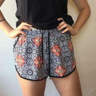 Tempt Shorts