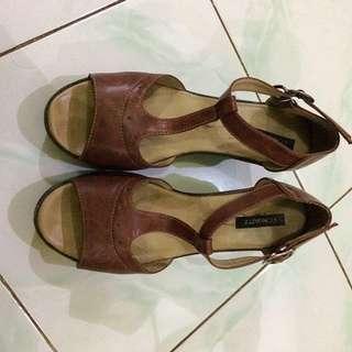 Sepatu Wanita  S.t Moritz (wedges)
